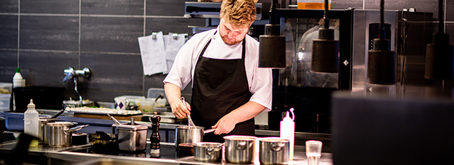 4 Ingenious Ways Exatouch<sup>®</sup> POS Makes Restaurant Kitchen Communications Easier